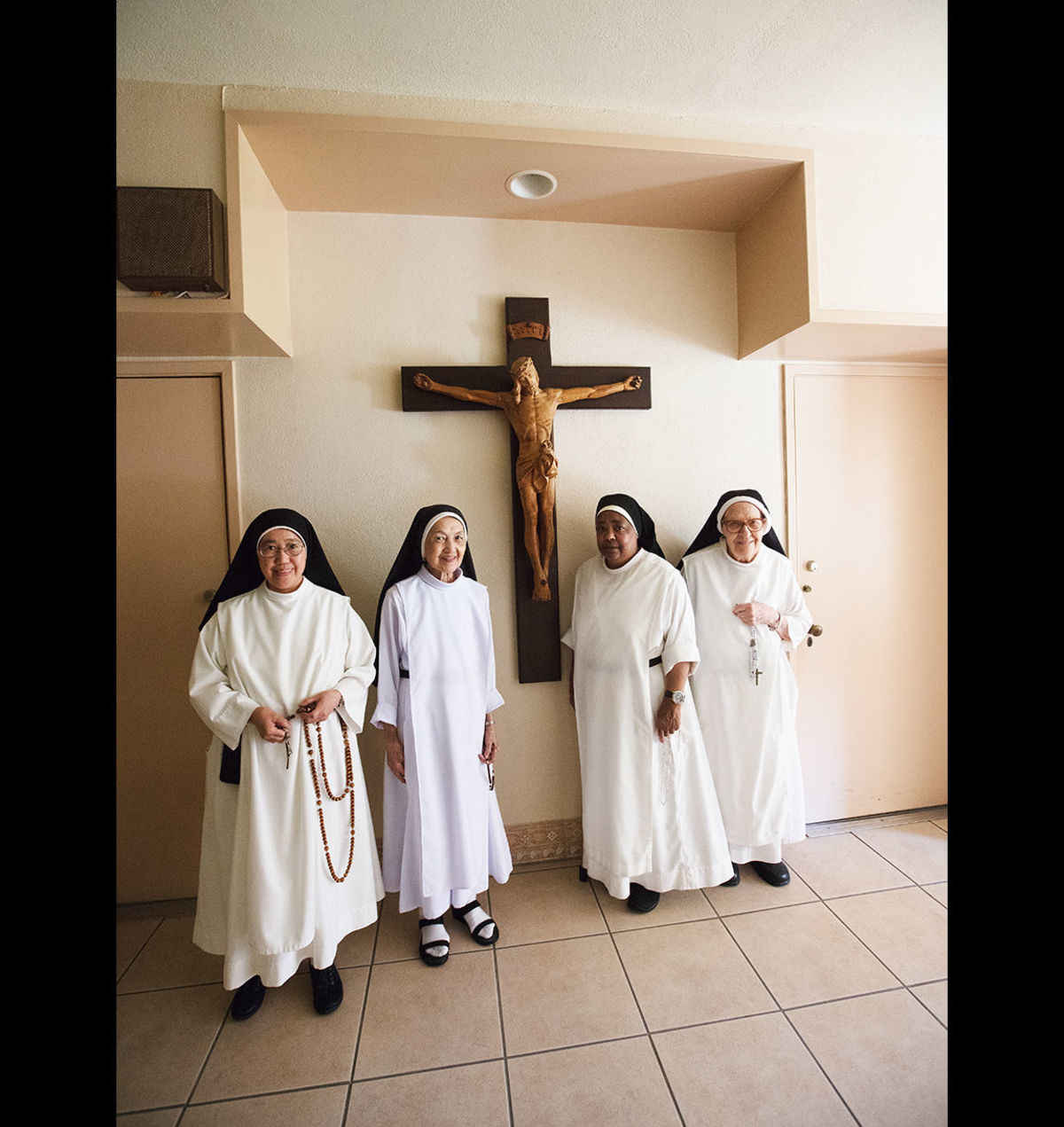 Dominican sisters in Hollywood … with rosaries - Angelus