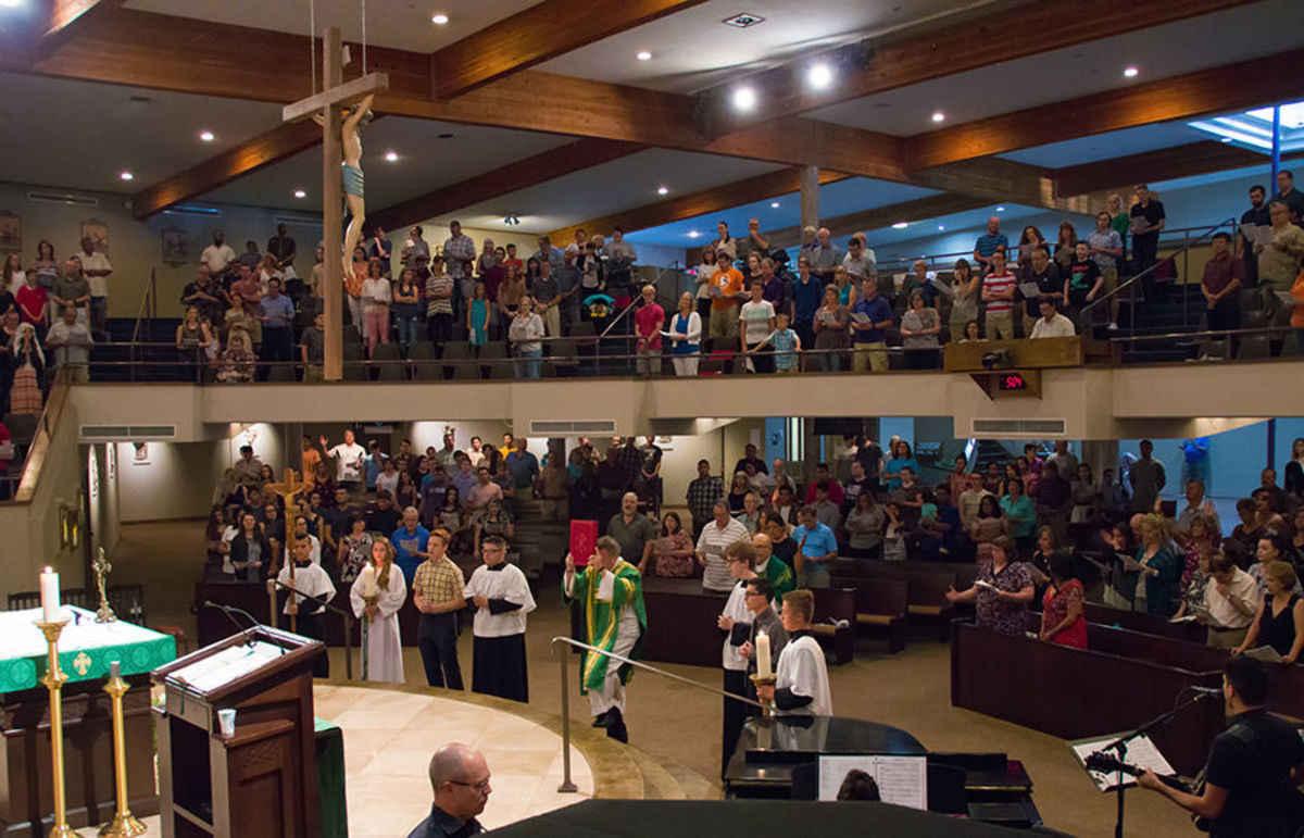 Liturgy: Simple suggestions to help improve parish Sunday