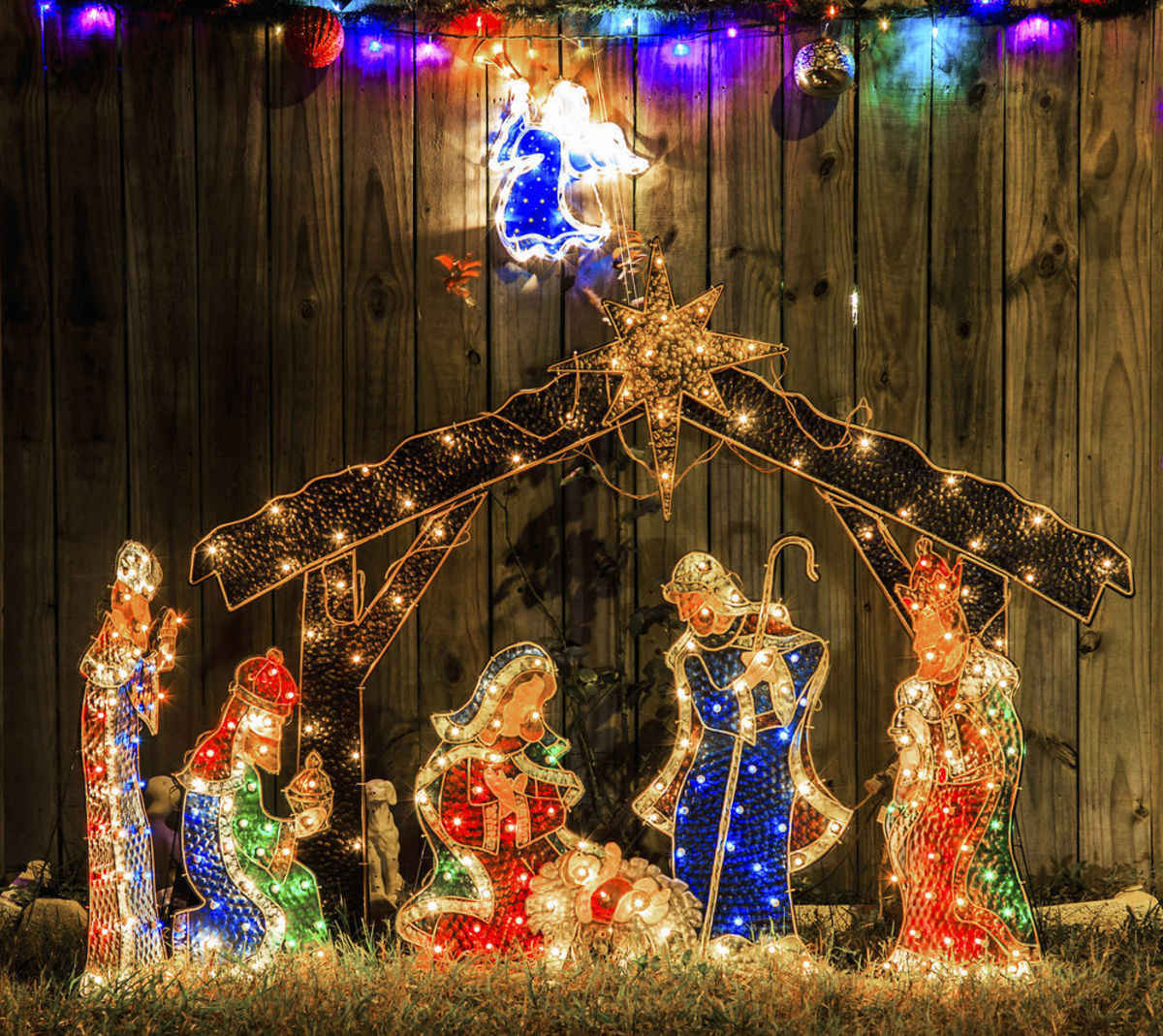 angelus news - When To Start Decorating For Christmas