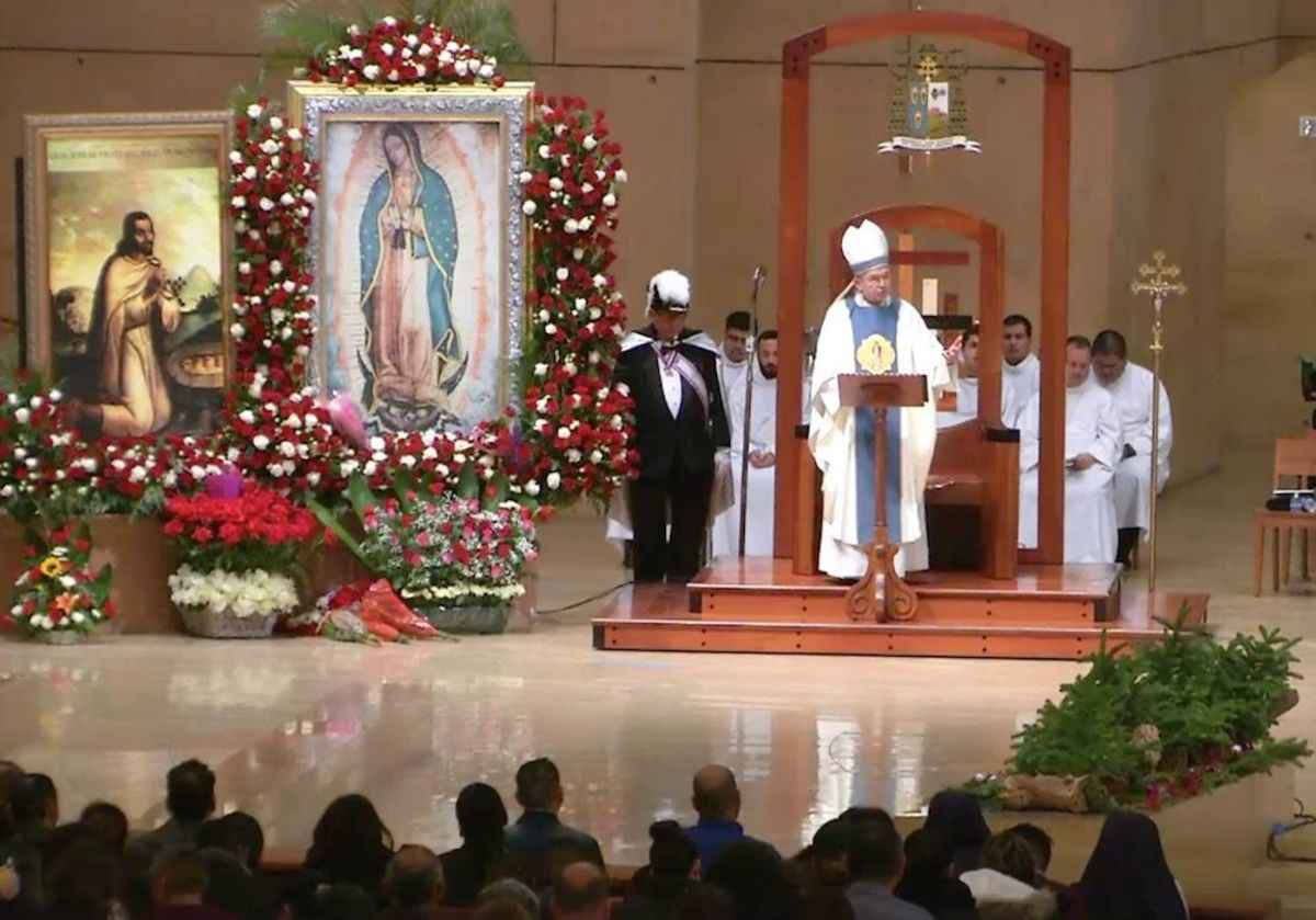 Annual pilgrimage to Our Lady of Guadalupe underway in Des Plaines