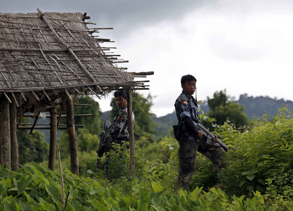 After UN report on Rohingya, Facebook bans leader of Myanmar's armed forces